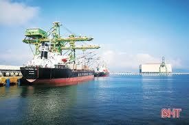 Ai đã bán tài nguyên cảng biển của Hà Tỉnh cho nước ngoài ?