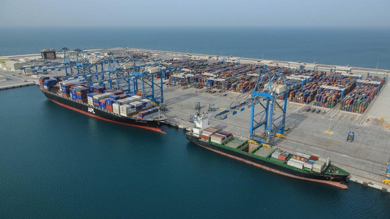 Cảng Trung chuyển Quốc tế Vân Phong quá chậm vì sao ?